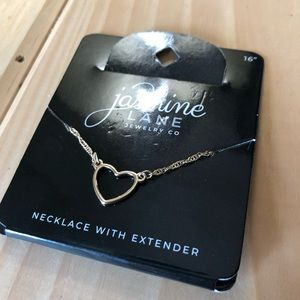 Jewelry - NWT dainty necklace
